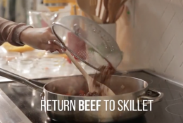 Make The Cheesiest Beef And Macaroni